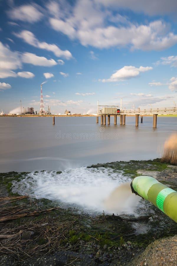 Wastewater rafineria I drymba Tęsk ujawnienie zdjęcie royalty free