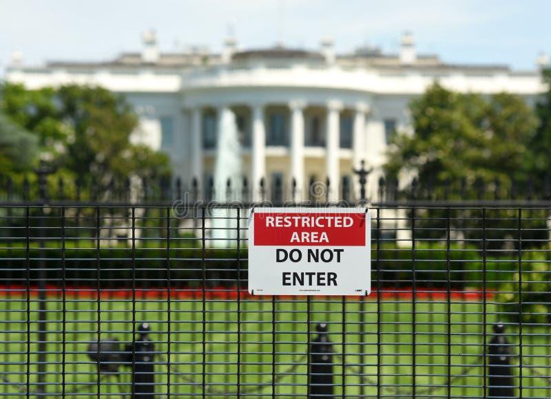 Waszyngton, DC - Czerwiec 01, 2018: Znak z wpisowym ` RESTR fotografia royalty free