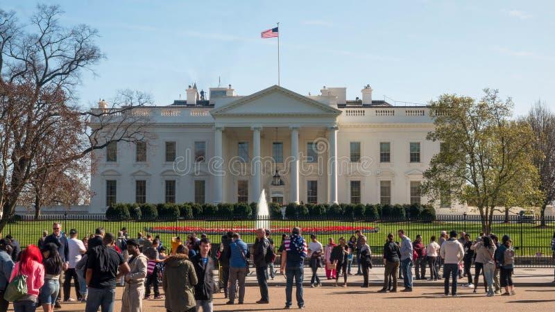 WASZYNGTON, DC, usa - Kwiecień, 2, 2017: dnia czasu strzał biały dom w Washington dc fotografia royalty free