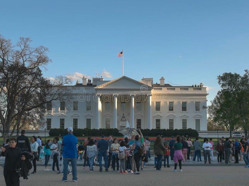 WASZYNGTON, DC, usa - Kwiecień, 4, 2017: zawodnik bez szans biel turyści od północnej strony w Washington i dom zdjęcia royalty free