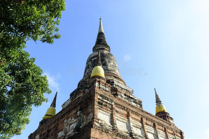 Wat亚伊柴Mongkol,阿尤特拉利夫雷斯,泰国 免版税库存照片