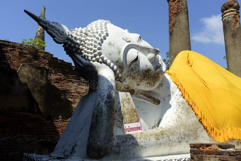 Wat亚伊柴Mongkol,阿尤特拉利夫雷斯,泰国 免版税库存图片