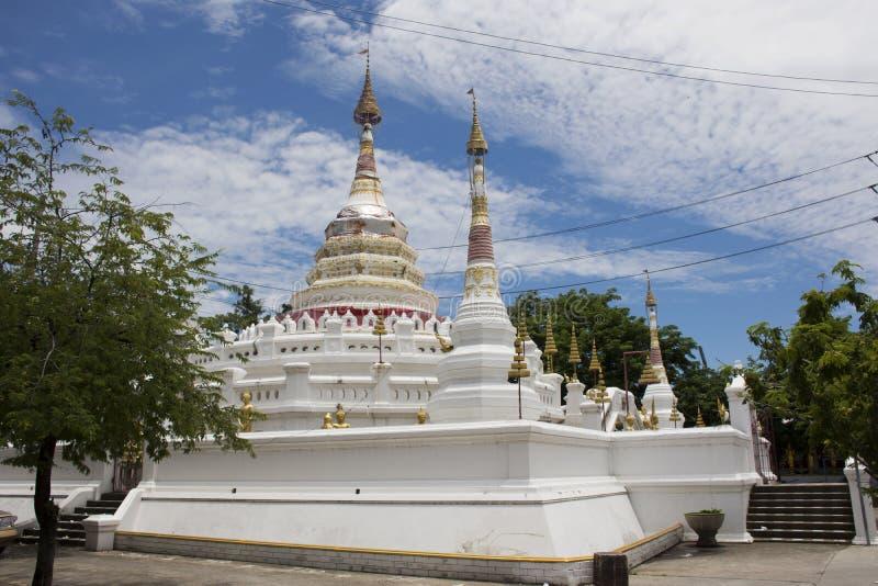 Wat在Amphoe Phra Pradaeng的Songtham Worawihan在萨穆特Prakan,泰国 库存照片