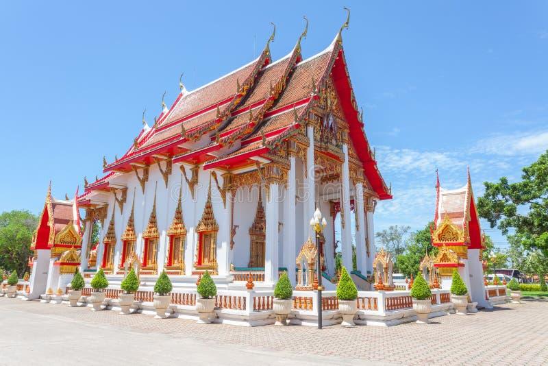 Wat查龙佛教寺庙在查龙,普吉岛,泰国 库存照片
