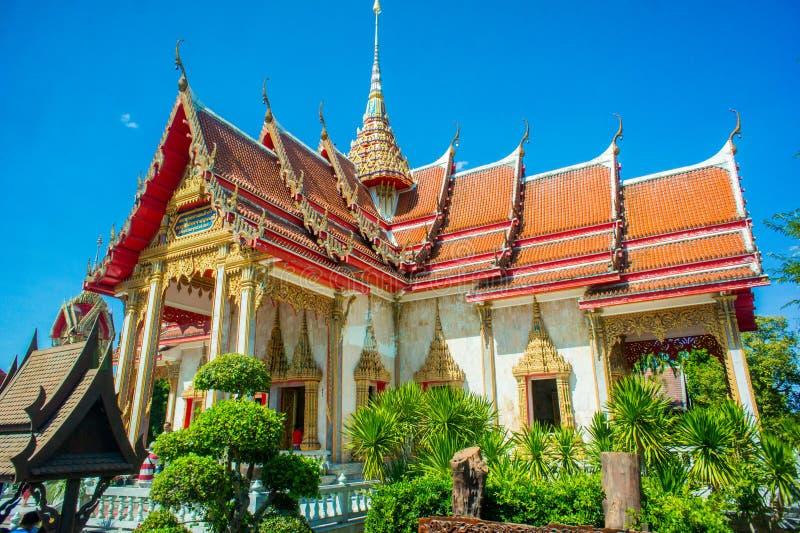 Wat查龙普吉岛,泰国 免版税库存照片