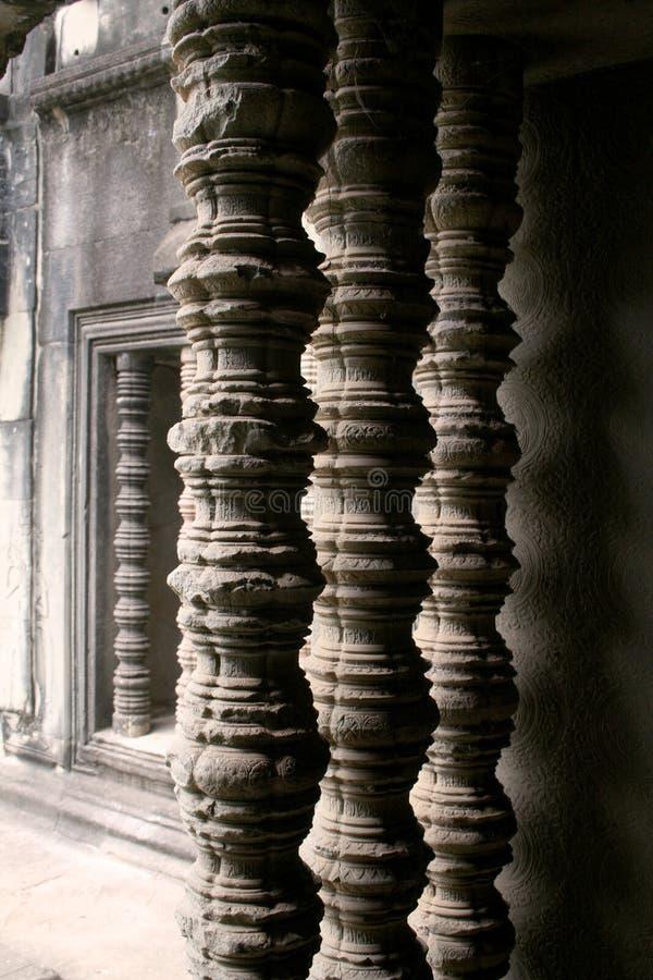 wat виска колонок angkor стоковое фото