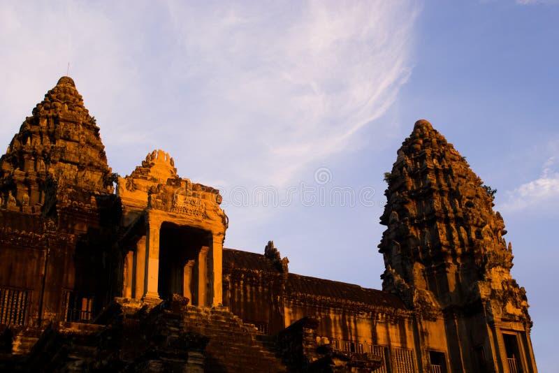 wat захода солнца Камбоджи angkor стоковые изображения rf