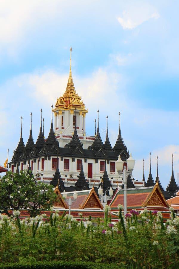 wat на Бангкоке стоковые фото