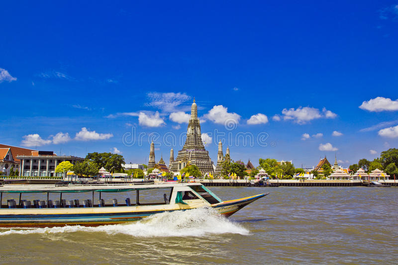 Wat Arun και cloudscape στοκ φωτογραφίες με δικαίωμα ελεύθερης χρήσης