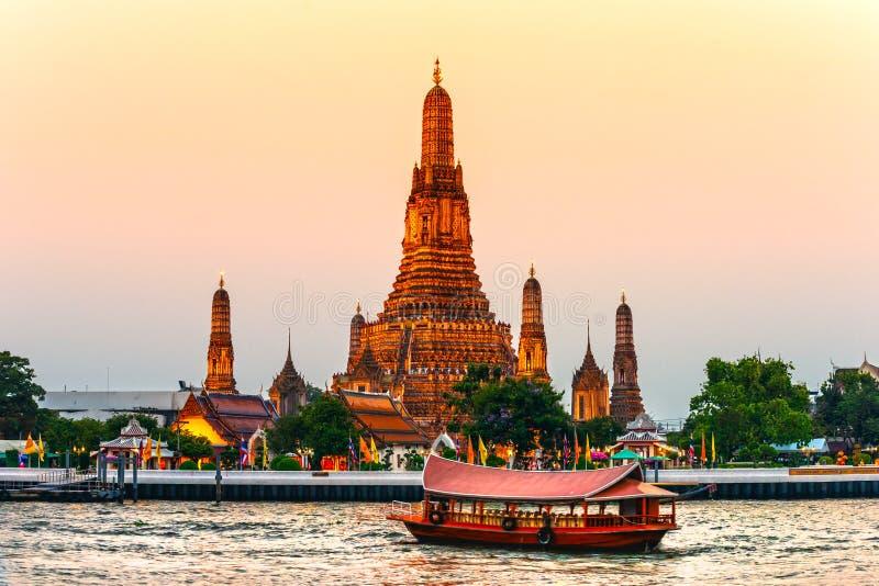 Krieg Arun, Bangkok, Thailandia. stockfoto
