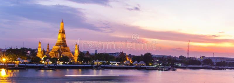 Wat Arun in der Dämmerung, Bangkok, Thailand lizenzfreie stockfotografie