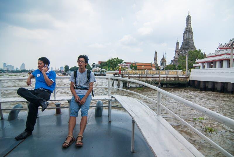 Wat Arun do ferryboat imagem de stock royalty free