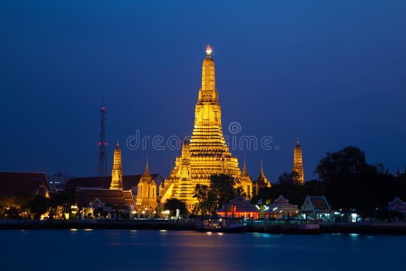 Wat Arun, il tempiale dell'alba, Bangkok, Tailandia fotografie stock