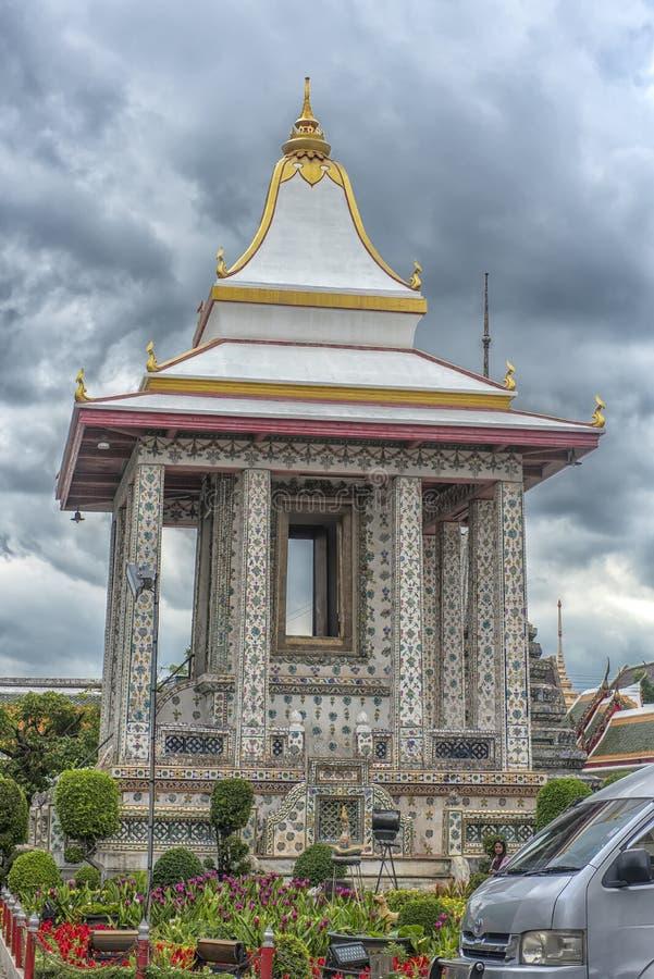 Wat Arun Ratchawararam, un templo budista en Bangkok, Tailandia fotos de archivo libres de regalías