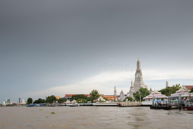 Wat Arun, Tempel van Dawn het oriëntatiepunt van Bangkok, Thailand royalty-vrije stock fotografie