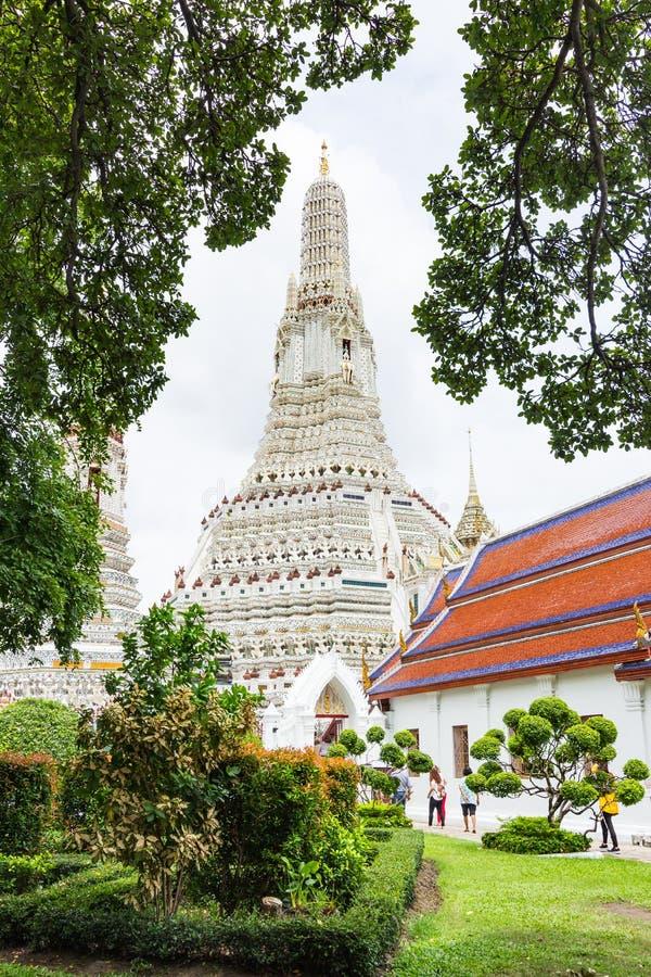 Wat Arunratchawararam Temple lizenzfreie stockfotos
