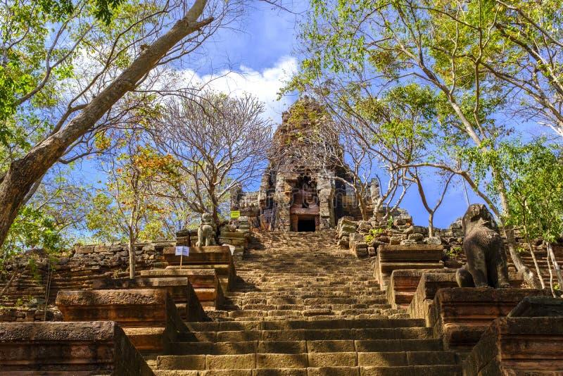 Wat Banan nära Battambang, Cambodja arkivfoton