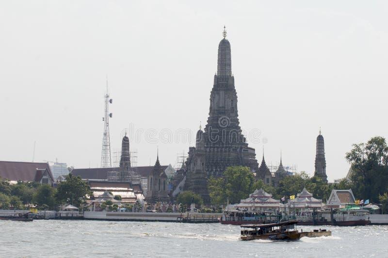 wat bangkok arun стоковое изображение rf