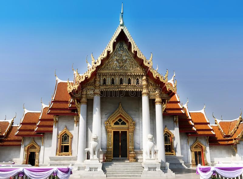 Wat Benchamabophit - μαρμάρινος ναός στη Μπανγκόκ, Ταϊλάνδη στοκ φωτογραφία