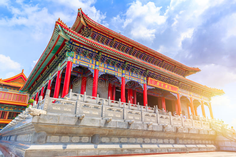 Wat Bora Racha Kanchana Phisake Wat Leng Noei Yi 2 szczegółowa i piękna azjata stylu chińczyka świątynia fotografia royalty free