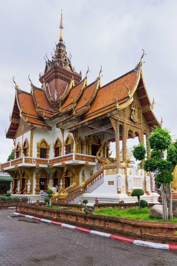 Wat Buppharam en Tailandia imagen de archivo