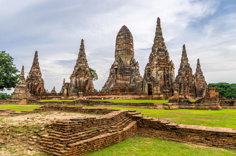 Wat Chaiwatthanaram在市阿尤特拉利夫雷斯,泰国。它打开 库存图片