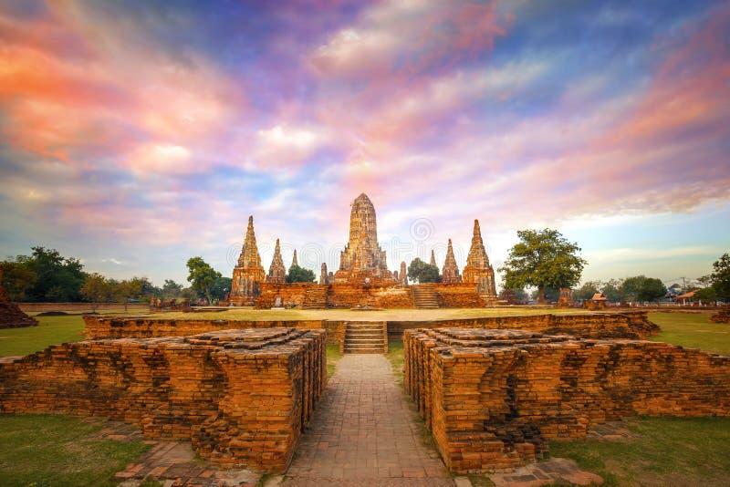 Wat Chaiwatthanaram寺庙在Ayuthay,泰国 库存照片