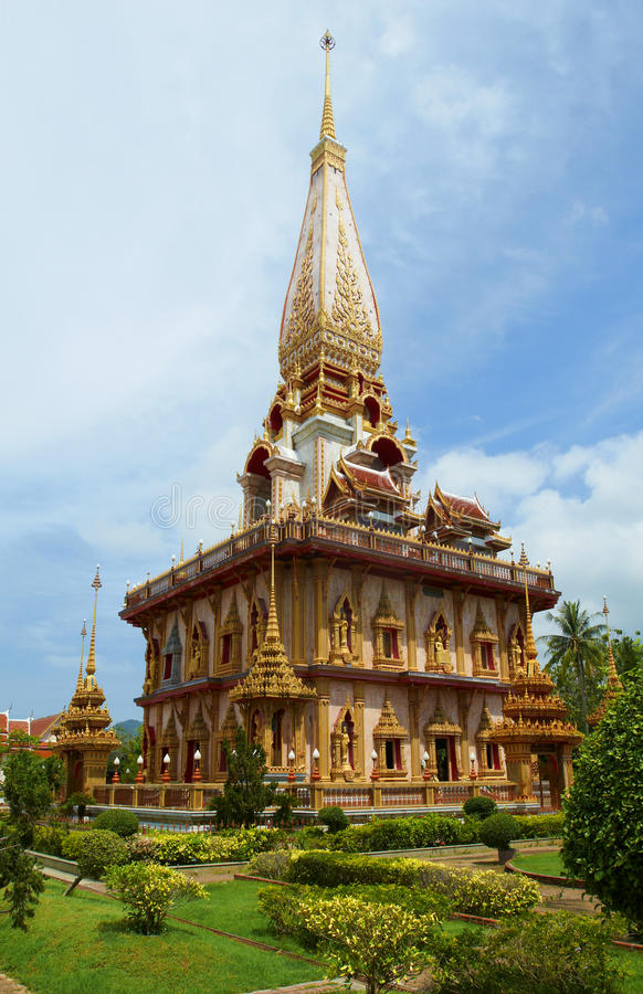 Wat Chalong塔在普吉岛泰国 库存照片