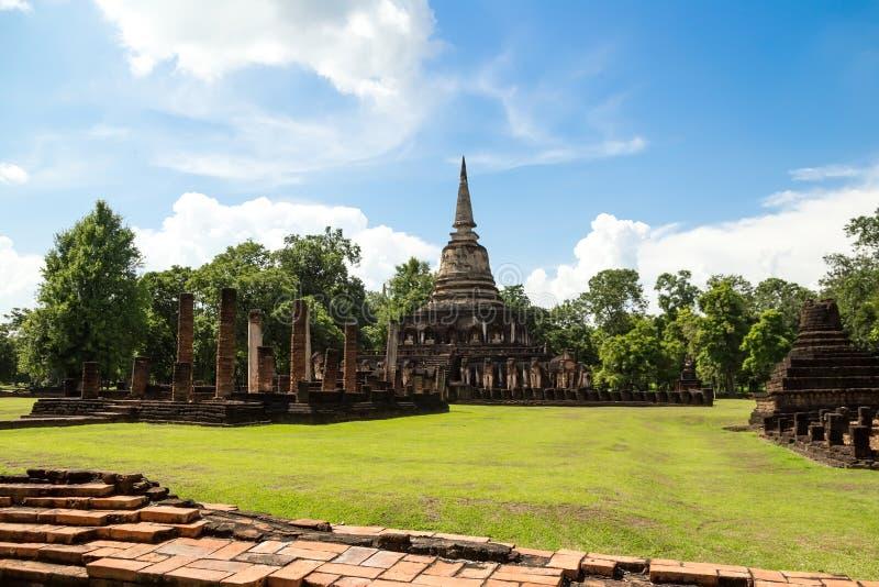Wat Chang Lom no parque histórico de Satchanalai do si, Sukhothai, tailandês imagens de stock