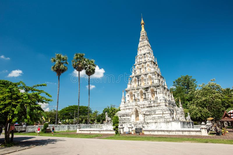 Wat Chedi Liam Wat Ku Kham ή ναός της τακτοποιημένης παγόδας στην αρχαία πόλη Wiang Kum Kam, Chiang Mai, Ταϊλάνδη στοκ φωτογραφία με δικαίωμα ελεύθερης χρήσης