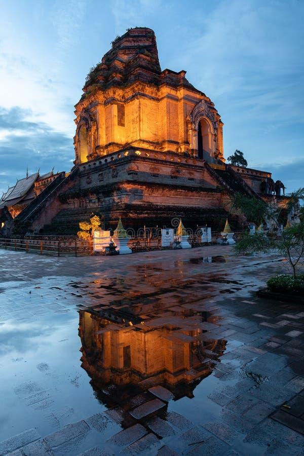 Wat Chedi Luang Buddhist Temple Tailândia Chiang Mai Asia imagem de stock royalty free