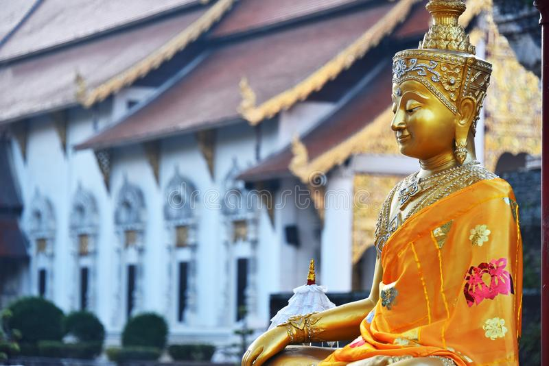 Wat Chedi Luang, een Boeddhistische tempel in Chiang Mai, Thailand royalty-vrije stock afbeeldingen