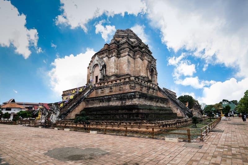 Wat Chedi Luang en Chiang Mai, Tailandia foto de archivo