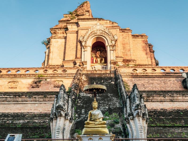 Wat Chedi Luang Temple, de historische Boeddhistische tempel in Chiang Mai, Thailand royalty-vrije stock foto