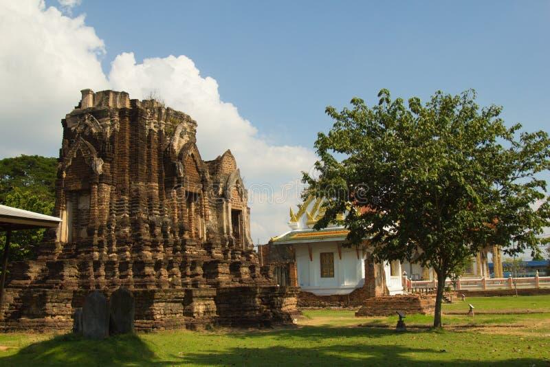 Wat Chulamanee is een Boeddhistische tempel het een belangrijke toeristische attractie in Phitsanulok, Thailand is royalty-vrije stock afbeeldingen