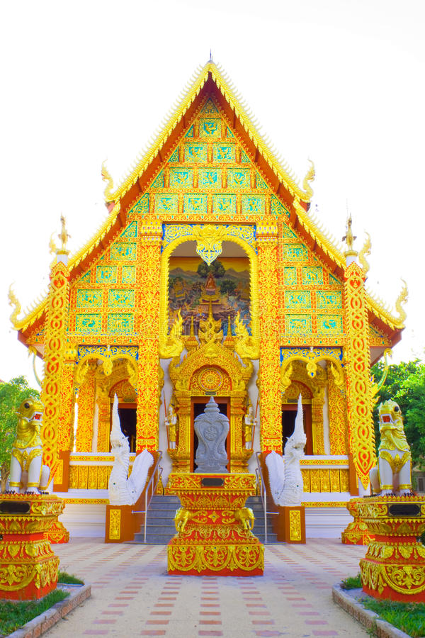 Download Wat Denchai stock image. Image of place, golden, religion - 16743491