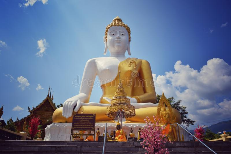Wat Doi Kham Chiang Mai Thaïlande photos stock