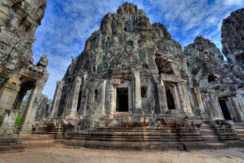 wat för tempel för angkorbayoncambodia hdr royaltyfria bilder