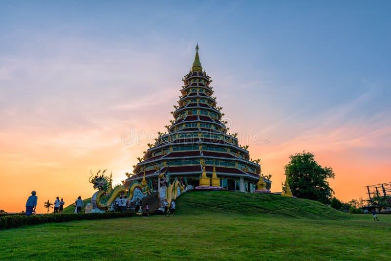 Wat Huai Pla KungTemplein Chiang Rai, Thailand royaltyfri foto