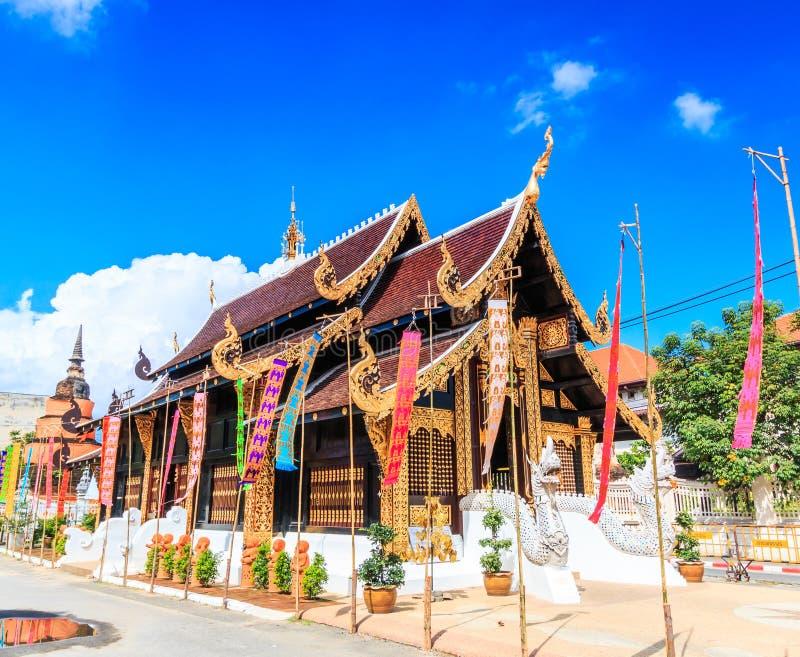 Wat Inthakhin Saduemuang i Thailand royaltyfri foto