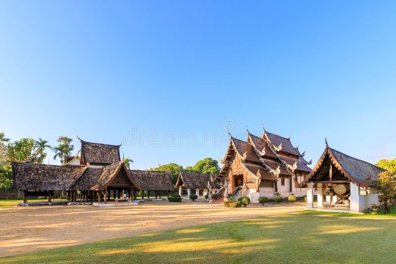 Wat Intharawat of Ton Kwen Temple in Chiang Mai, het Noorden van Thailand stock afbeeldingen