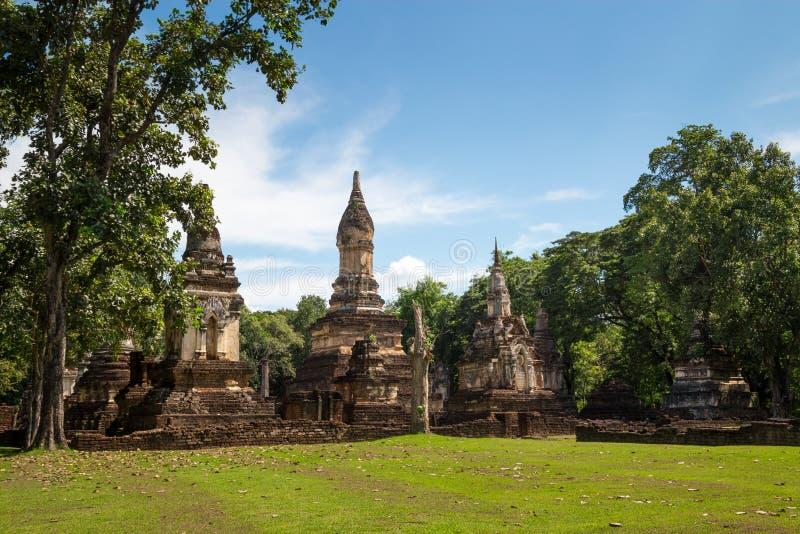 Wat Jedi Jed Teaw tempel i det Sukhothai landskapet, Thailand arkivbilder