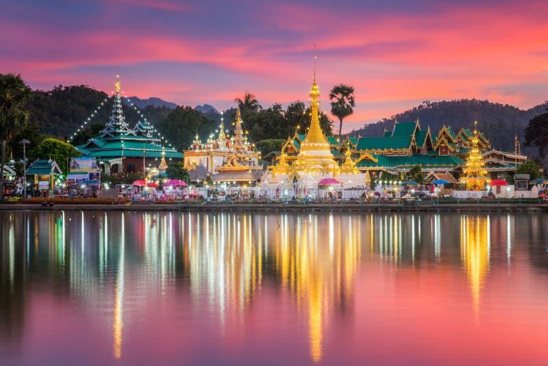 Wat Jongklang - Wat Jongkham lizenzfreie stockfotos