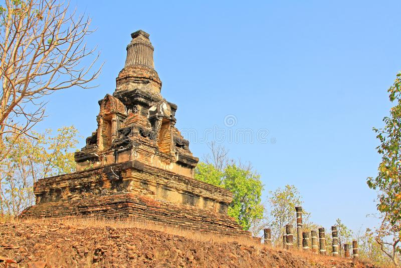 Wat Khao Phra Bat Noi, Sukhothai, Thaïlande photos libres de droits