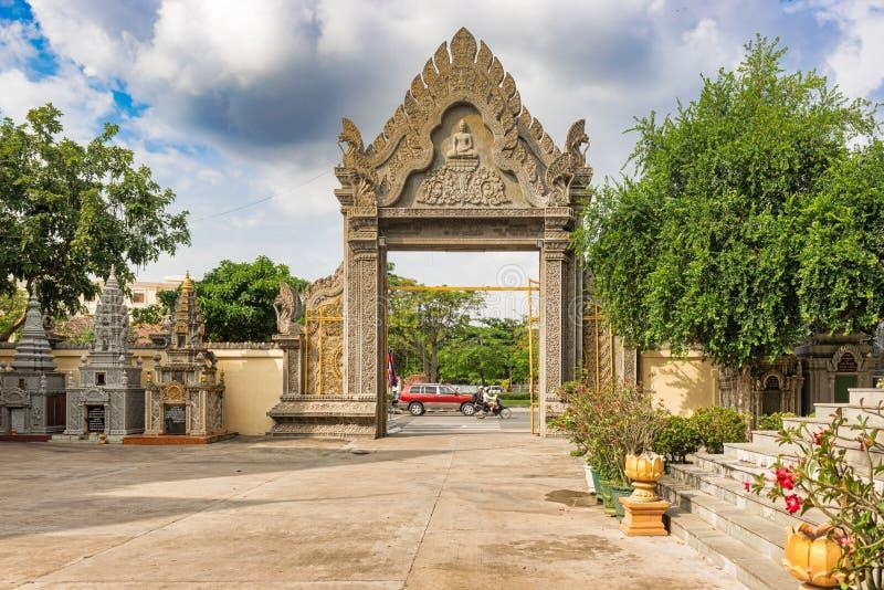 Wat Langka佛教塔在金边 库存图片