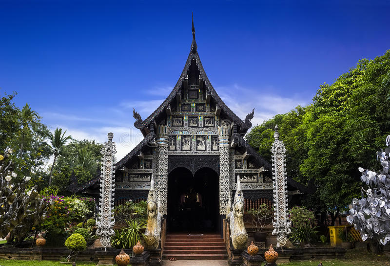 Wat Lok Moli Chiangmai royaltyfria bilder