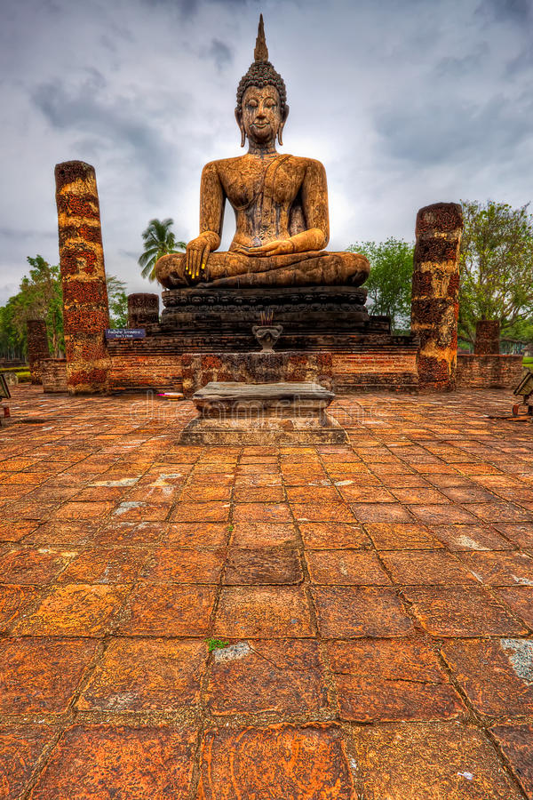 Download Wat Mahathat stock image. Image of monument, religion - 22827177