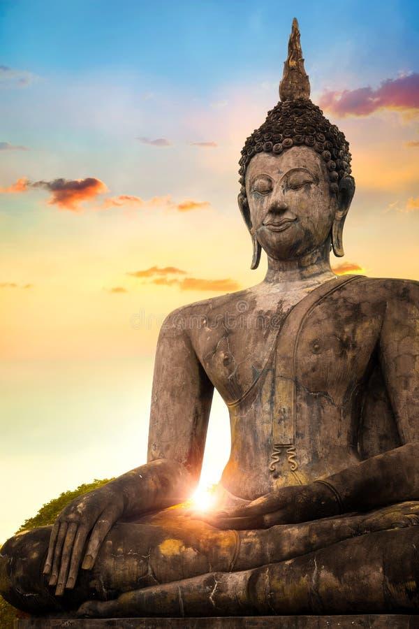 Wat Mahathat Temple an historischem Park Sukhothai, eine UNESCO-Welterbestätte stockbilder
