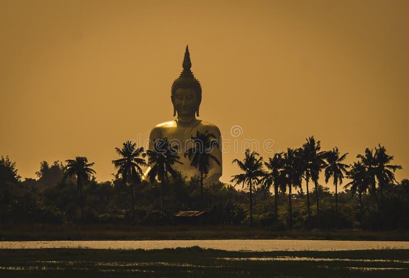 WAT MUANG, Ang Thong, THAÏLANDE images stock