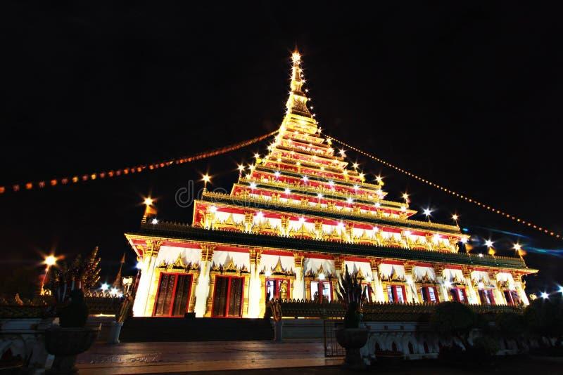 Wat Nong Waeng, de Koninklijke tempel, Khon Kaen, Thailand, nacht tim stock fotografie